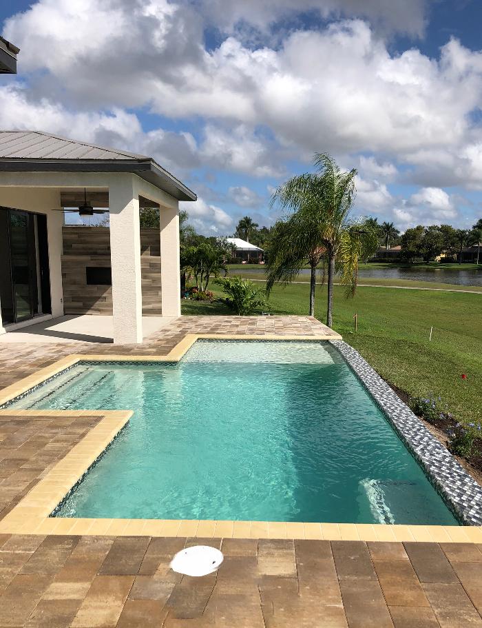 pool-maintenance-cape-coral-florida-aquadogs